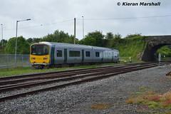 2801+2802 at Limerick Junction, 10/6/17 (hurricanemk1c) Tags: limerickjunction railways railway train trains irish rail irishrail iarnród éireann iarnródéireann 2017 class2800 commuter tokyucarcorp 2801 2802