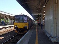 150127 Plymouth (1) (Marky7890) Tags: gwr 150127 class150 sprinter 2g74 plymouth railway devon devonmainline train