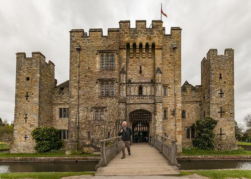 Hever castle bridge & entrance