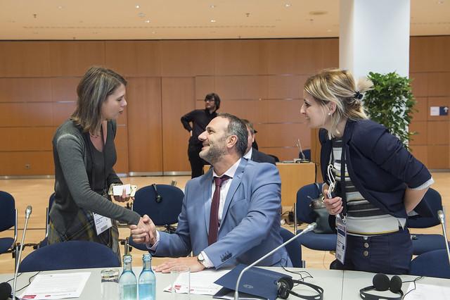 Ariadne Abel greeting Nikolaos Mavraganis and Alexandra Vlachou