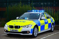 LJ16 XEO (S11 AUN) Tags: durham constabulary police bmw 330d 3series anpr roads policing rpu traffic car 999 emergency vehicle demonstrator demo bmwcarsuk lj16xeo