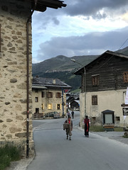 Livigno 2017? (quanuaua) Tags: ifttt 500px landscape city people street travel house italy tourism tourist urban architecture road building town home outdoors daylight folk folklore valtellina livigno