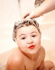 Bath girl (Lebemitgott) Tags: kreative fotografie photoshop fotograf 500px child fun clean little skin bathroom soap девочка foam bath kind bad bathtub mädchen ванна badewanne wanne душ купальня шампунь