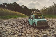 Spritztour I (Thomas Junior Fotografie) Tags: car auto modell miniatur miniature fiat mini 500 fiat500 szenery old light licht luce