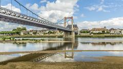 Cosne sur Loire (touflou) Tags: pont cosne cosnesurloire loire fleuve rivière france nièvre river bridge ciel nuages sky clouds