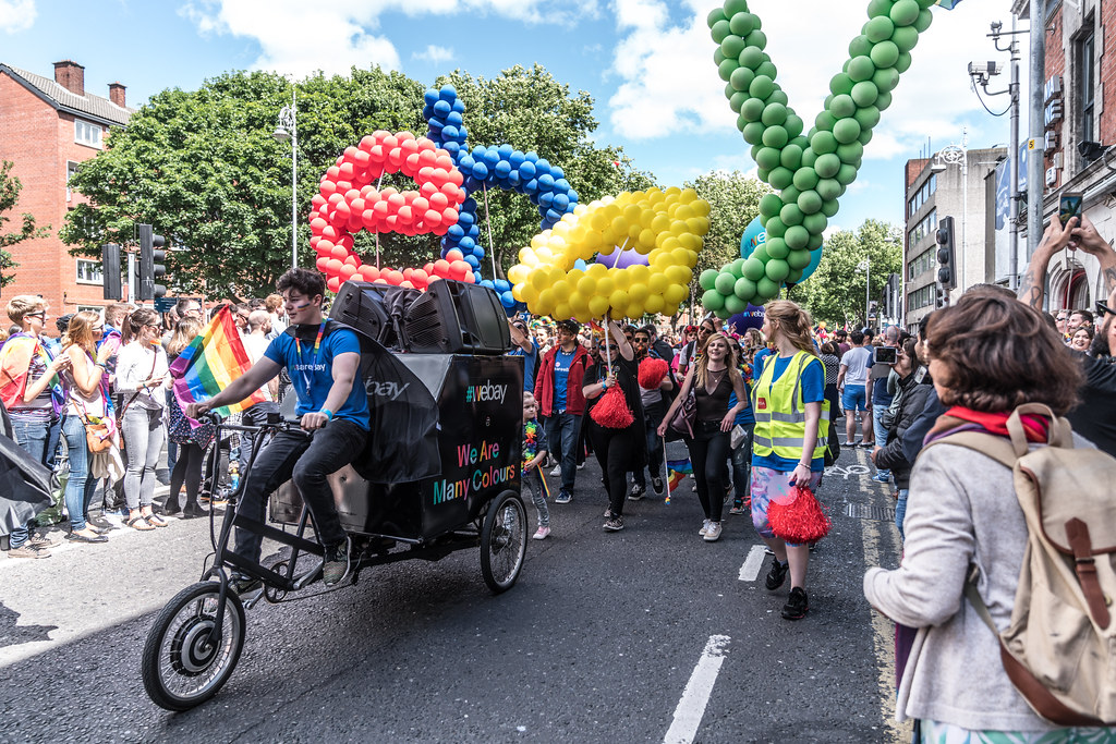 LGBTQ+ PRIDE PARADE 2017 [ON THE WAY FROM STEPHENS GREEN TO SMITHFIELD]-130134