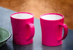 Waiting For Coffee... (Daniela 59) Tags: 100x2017 100xthe2017edition image68100 theworldaroundme mugs pink coffeemugs camping table plate stilllife sliderssunday hss harnaswildlifefoundation gobabis namibia campsite danielaruppel
