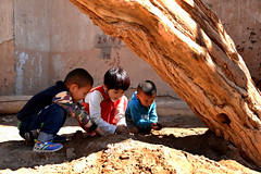 Playground (MelindaChan ^..^) Tags: turpan xingjiang china 新疆 吐鲁番 mazar village tuyuk vally uygur life people chanmelmel mel melinda melindachan play kid child children playground rural 麻札村