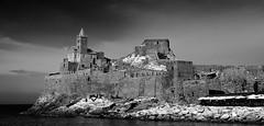 Sobre el mar (chemakayser) Tags: italia portovenere italy sea iglesia church