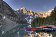 Moraine Lake - Banff National Park, Alberta Canada (helikesto-rec) Tags: morainelake banffnationalpark lake alberta canada valleyofthetenpeaks