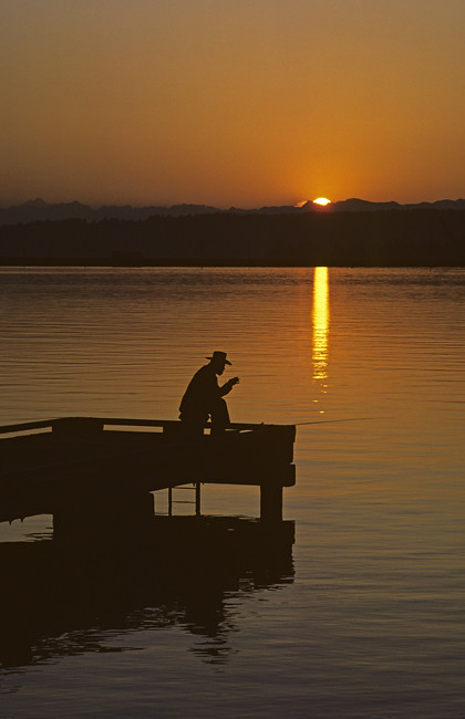 The world 39 s best photos of calm and stillness flickr for State farm fishing guy