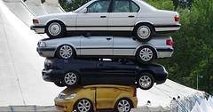 """Das Auto. Die Autos. Hier wurden vier Autos gestapelt. Ein Autostapel sozusagen, der Größe nach sortiert. • <a style=""""font-size:0.8em;"""" href=""""http://www.flickr.com/photos/42554185@N00/35376294690/"""" target=""""_blank"""">View on Flickr</a>"""
