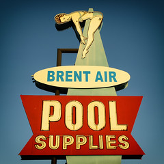 Brent-Air Pool Supplies (avilon_music) Tags: brentairpoolsupplies brentair poolsupplystore vintageneonsigns neondivinggirl neondiver markpeacockphotography e510 olympus vintagesigns neon 1950s americana midcentury pool la