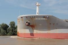 ARDENNE (Jakez Bo) Tags: navire étrave bow ship cargo