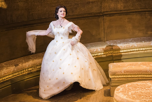Catch The Royal Opera's <em>La traviata</em> on BP Big Screens around the UK on 4 July 2017