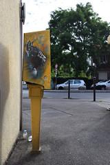 Little Cat (HBA_JIJO) Tags: streetart urban graffiti vitry vitrysurseine pochoir c215 stencil art france christianguémy hbajijo wall mur painting chat aerosol peinture cat portrait paris94 spray gatto pochoiriste bombing urbain urbaine boiteàlettres boitesauxlettres box culture postal