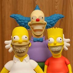 The Simpsons Grin (villainyang) Tags: madebymonsters ronenglish krustygrin homergrin bartgrin krusty bartsimpson homersimpson