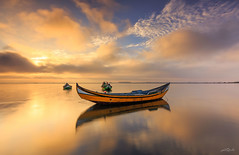 Ria de Aveiro (paulosilva3) Tags: sunrise colors boat ´water sky dream moliceiro mist canon eos 6d progrey filters ria de aveiro portugal
