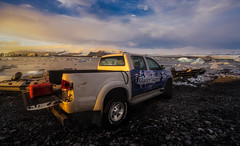 Driving in glacier lagoon (Toni_pb) Tags: islandia iceland ilce7rii ilce7rm2 ilce7rmii seascape sky sea sunset sony snow sonyzeiss1635f4fe a7rii agua glacier glaciar glacierlagoon landscape lagunaglaciar paisaje puestadesol travel trip textures texturas clouds colors cloudy cielo contrast coast ice