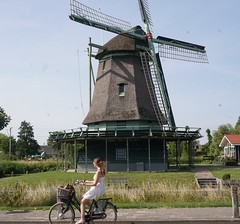 2017-06-21 23.02.40 (2) (walterkolkma) Tags: westfiresland fietsen bikes biking netherlands holland landscapes bicycles cycling enkhuizen dijk dike dromedaris koepoort sonyilce6300