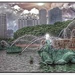 Chicago Illinois ~ Buckingham Fountain & Skyline of Chicago thumbnail