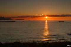 Getxo-002-2 (fadercini) Tags: mar puntagalea atardecer barcos nubes sol