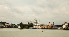 Two rivers. (joningic) Tags: passau river dona dóna dóná inn germany water nature urbannature urban