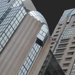 jukebox marriott sw (msdonnalee) Tags: hotel marriotthotel architecture architektur arquitectura diagonal graphic onblack