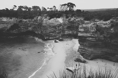 Pretty Noose (Swebbatron) Tags: australia 2008 victoria portcampbell lochardgorge greatoceanroad seascape landscape mono blackandwhite travel fuji radlab