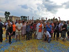 Team mandala (associazione_miro) Tags: mandala coriandoli monferrato casalemonferrato byo liviobourbon shoryotarabini cleanupeuroope