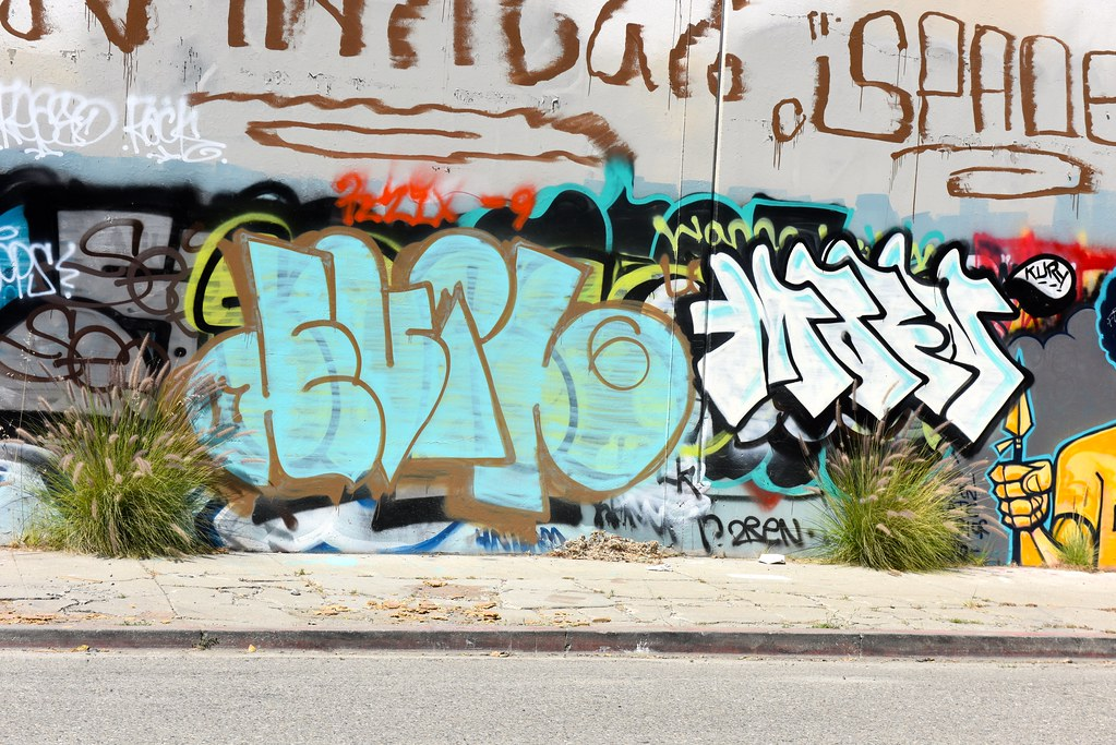 graffiti good or bad essay Essay on graffiti: art or vandalism graffiti transforms the issue of appropriation in art has become a heated debate on whether it is good or whether it is bad.
