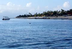 Lembongan Island 藍夢島 (MelindaChan ^..^) Tags: bali indonesia 印尼 巴里島 lembongan island 藍夢島 chanmelmel mel melinda melindachan water beach wave