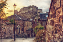 Sunset, Old-town with the castle (Helinophoto) Tags: canon5dmkiii canon24105f4 edinburgh hdr