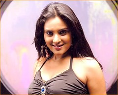 Indian Actress Ramya Hot Sexy Images Set-2 (88)