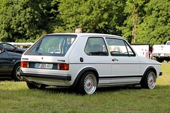 Volkswagen Golf I GTI (seb !!!) Tags: mk 1 2017 auto automobile automovel automovil automobil coupé coach canon 1100d cars sportive anciennes ancienne old oldtimers populaire kool day gargenville seb france voiture wagen car allemande allemand deutschland german germany deutsch photo picture foto image bild imagen imagem blanc blanche white blanco branco bianco weiss classique classic klassic petit feux pare chocs youngtimers