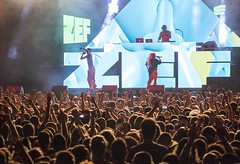 "Die Antwoord - Cruilla Barcelona 2017 - Viernes - 4 - M63C6270 • <a style=""font-size:0.8em;"" href=""http://www.flickr.com/photos/10290099@N07/34956865244/"" target=""_blank"">View on Flickr</a>"