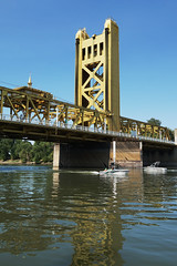Beating the Heat (charlottes flowers) Tags: towerbridge sacramentocalifornia boats sacramentoriver oldtownsacramento bridge river