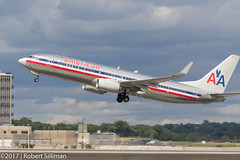 American Airlines Boeing 737 N909NN-4407 (rob-the-org) Tags: exif:aperture=ƒ80 camera:make=canon exif:isospeed=100 camera:model=canoneos60d exif:model=canoneos60d geolocation exif:lens=18250mm exif:focallength=155mm exif:make=canon kmsp msp minneapolisstpaulinternationalairport bloomingtonmn americanairlines boeing 737 n909nn departing winglets f80 155mm 1400sec iso100 cropped noflash gearinmotion