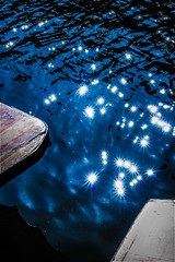 the river of 100 stars (I was blind now I see!) Tags: river stars sun sunburst boats defraction light lights many lots points ripples mirrored shimmer shimmering cam stardust sparkle sparkling