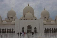 IMGP6517 (Claudio e Lucia Images around the world) Tags: abudhabi abu dhabi unitedarabemirates uae sheikhzayedgrandmosque