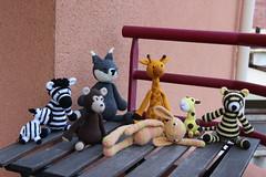 IMG_0308 (korova08) Tags: crochet amigurumi tigre girafe monstre gentil loup singe