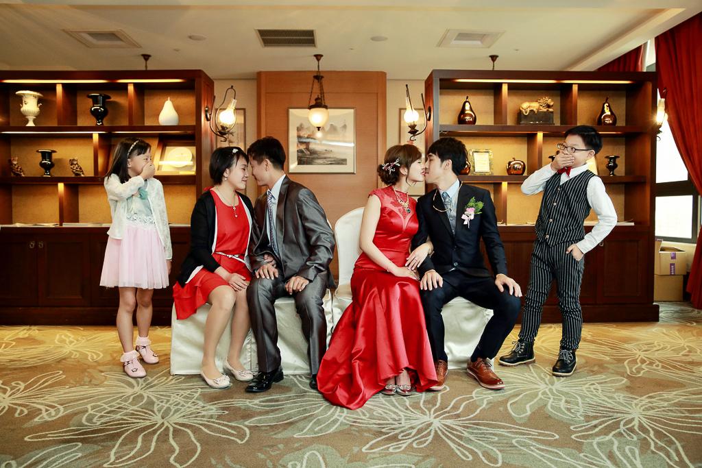 新北婚攝,婚禮儀式,文定,訂婚,婚宴場地,新莊翰品飯店,婚攝義霖,自然溫馨