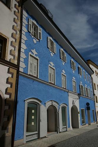 Blaues Haus, Laufen