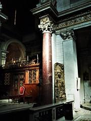 Classical red-porphyry column - San Crisogno Church in Rome (Carlo Raso) Tags: column porphyry rome italy