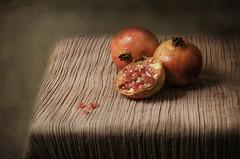 Granadas (JACRIS08) Tags: bodegon stilllife
