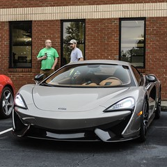 #supercar #mclaren #570s #bmw #z8 (photographyingram) Tags: supercar mclaren 570s bmw z8