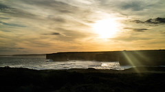 [GOR] Sunset over the cliffs (Val A[d]venture) Tags: victoria australie aventure landscape paysage australia oz greatoceanroad road trip roadtrip valadventure valaventure voyage voyageur aussie coast côte sud sea mer ocean sunset couchédesoleil falaise cliff val