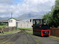 Emma, Welsh Highland Heritage Railway 2017 (Dave_Johnson) Tags: welshhighlandheritagerailway whhr welshhighland welshhighlandrailway heritagerailway narrowgauge narrowgaugerailway railway rail steamrailway greatlittletrainsofwales gwynedd porthmadog wales gelertsfarm museum gelertsfarmmuseum emma hunsletenginecompany hunslet diesel gelertsfarmworks welshhighlandrailwayporthmadog