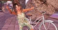 Beach Cruisin' (Serena Reins) Tags: baby toddleedoo tiptoes brocante beach cute bento besom