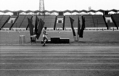 95990004 (sabpost) Tags: retro vintage scan film bw ussr ссср пленка сканирование скан негатив россия ретро old rare scans russia russian found photo siberia сибирь soviet стадион бег спорт sport runner